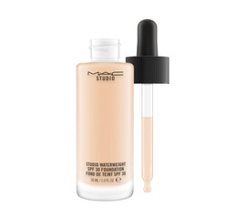 M•A•C Studio Waterweight Make-up/Foundation