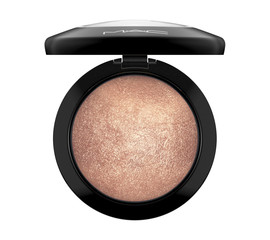 M•A•C Mineralize Skinfinish Highlighter